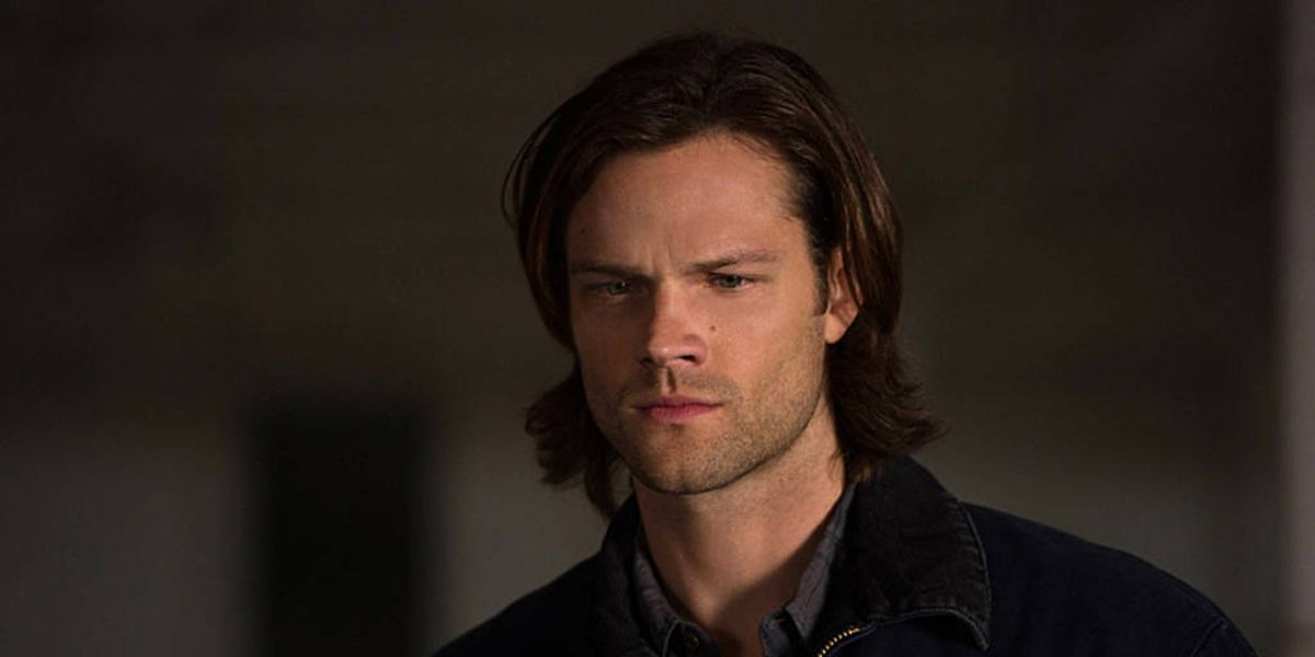 Supernatural: Jared Padalecki Pokes Fun at Arrest with Mugshot Shirt