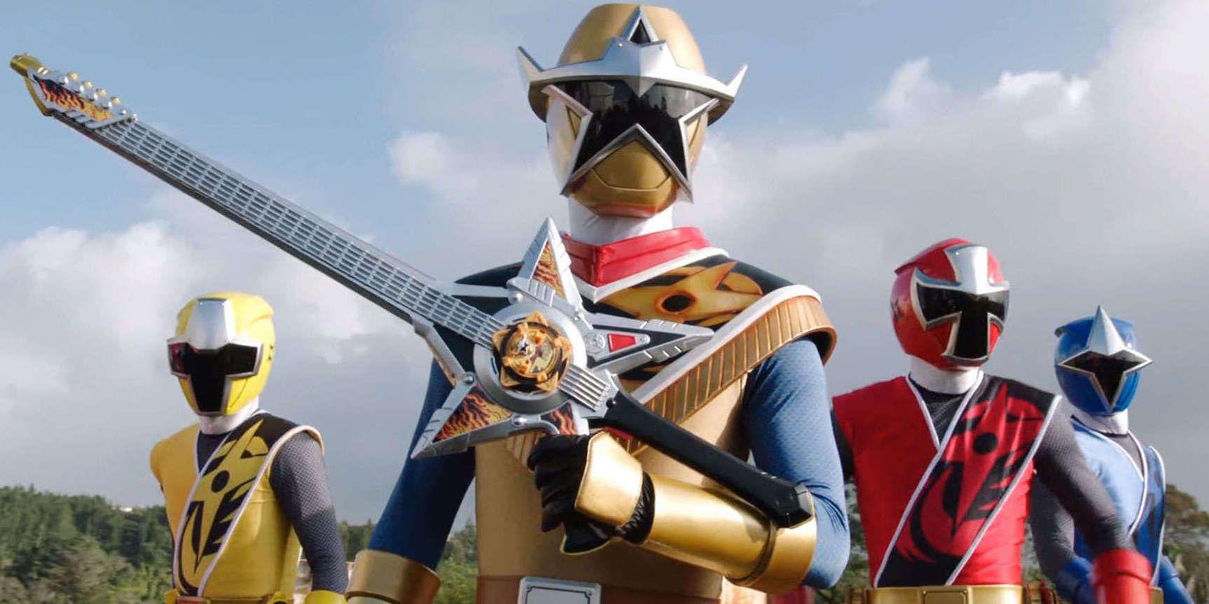Super Ranger Hero Power Man Costume Helmet Color: Gold /& Black white style