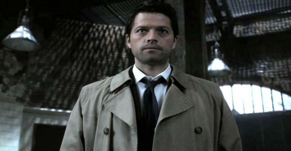 https://static3.cbrimages.com/wordpress/wp-content/uploads/2017/11/castiel-as-god.jpg?q=50&fit=crop&w=960&h=500