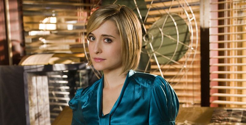 Smallville's Allison Mack testifies against Keith Raniere as he's found guilty of running sex cult