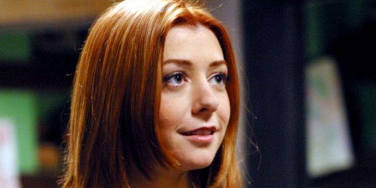 nackt Elizabeth Tara The Young