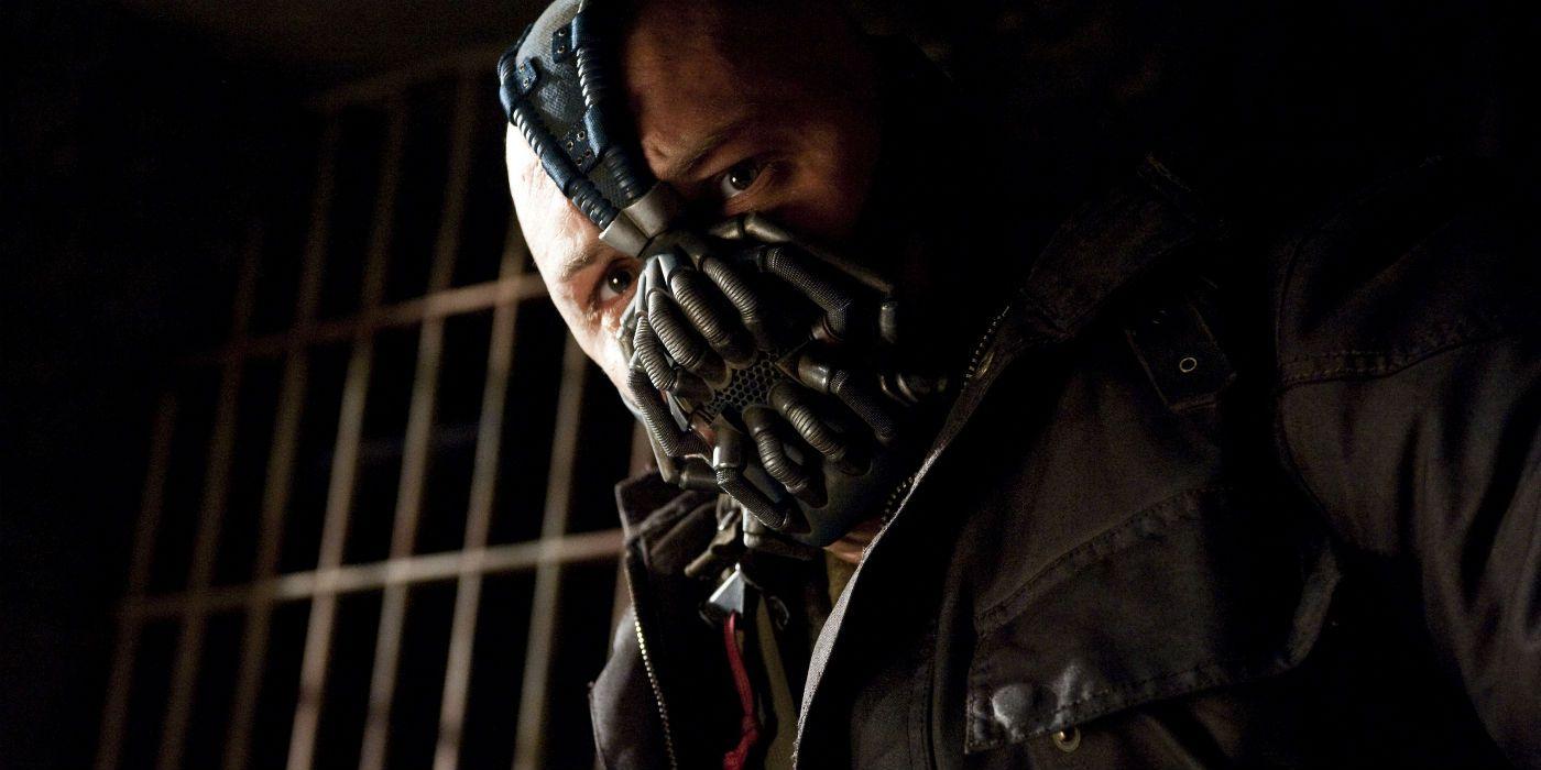 The Dark Knight Rises: Nolan Defends Tom Hardy's 'Extraordinary Performance'