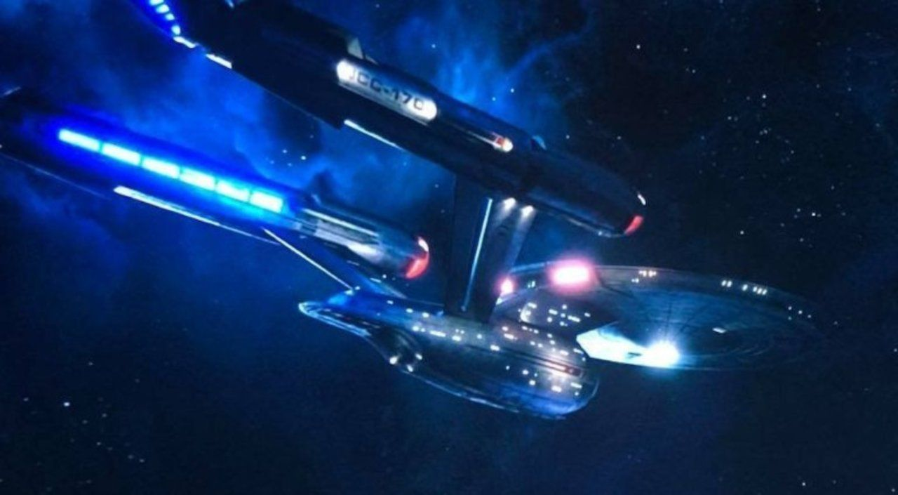 Star Trek: Discovery Showrunner Thinking About the Enterprise's Return