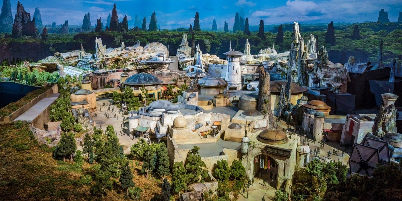 Star Wars: Galaxy's Edge Has a Piece of Colin Trevorrow's Episode IX Mythology