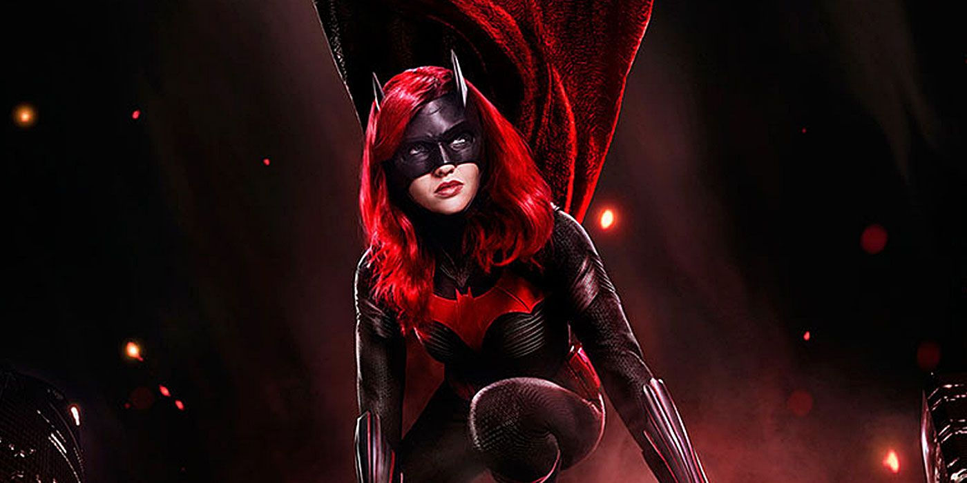 BTS Photo Reveals Which Lois Lane Stars In Batwoman's Crisis Episode