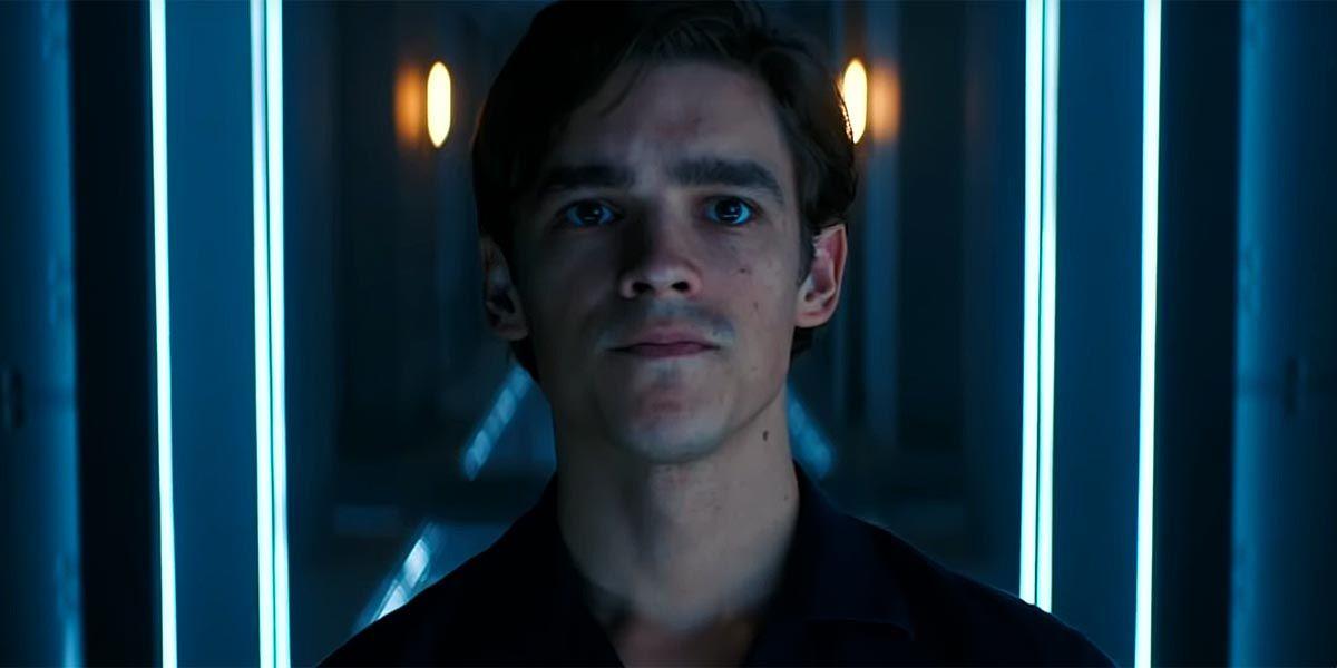 Titans Episode Description Teases Dick Grayson's Nightwing Transformation