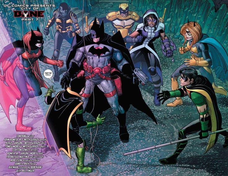 Batman Thomas Wayne Flashpoint Tim Drake Batgirl Robin Batwoman Cacciatrice Bane DC Comics