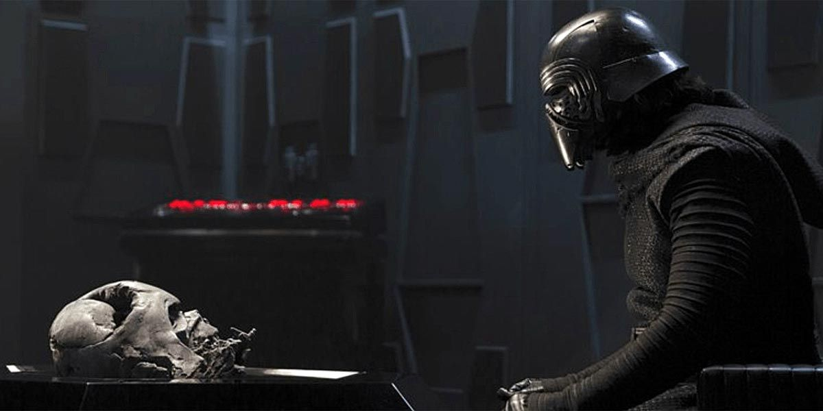 Star Wars: Kylo Ren Thinks the Empire Was Too [SPOILER] - Is He Right?