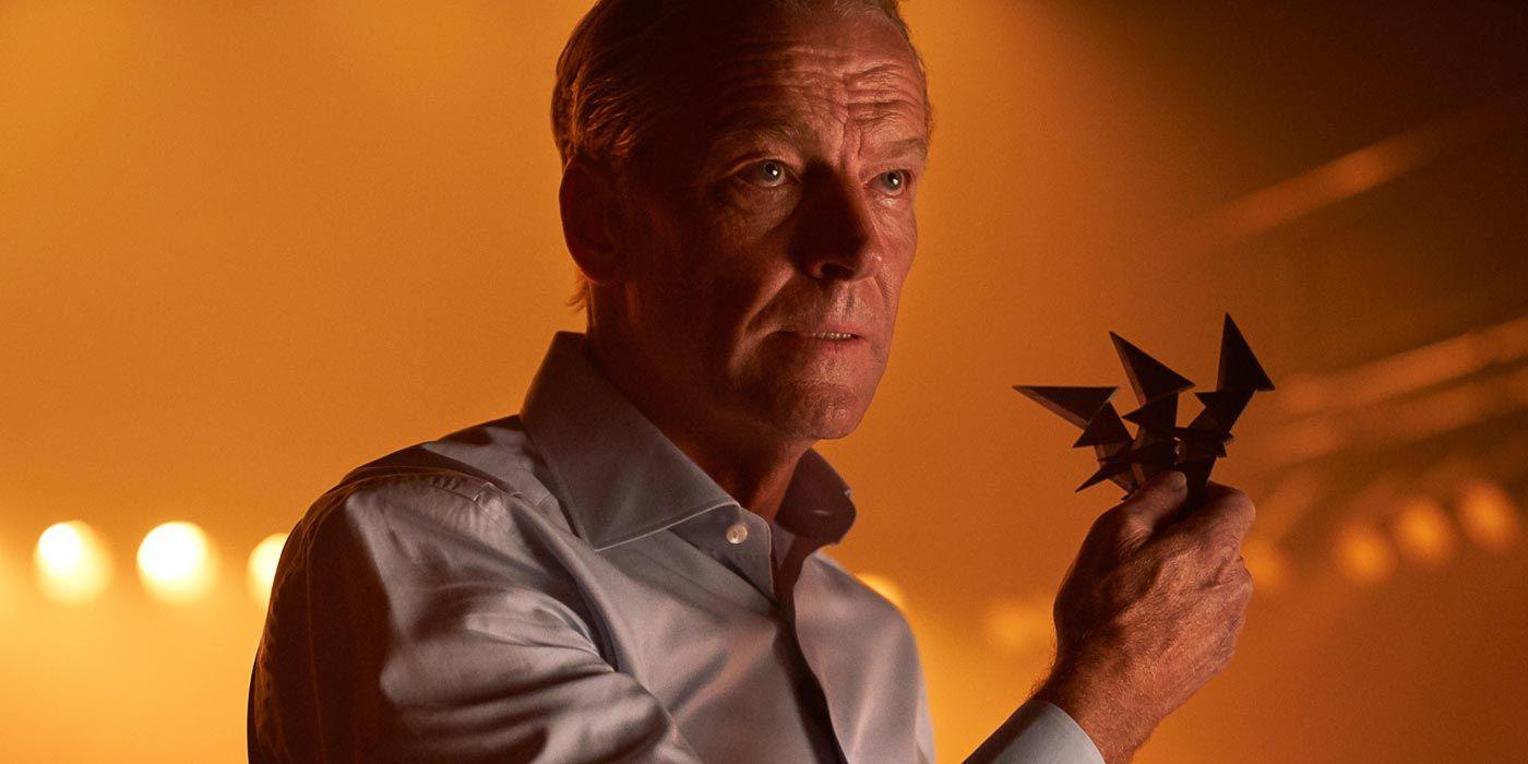 Titans' Bruce Wayne Is the World's Biggest Deadbeat Dad | CBR