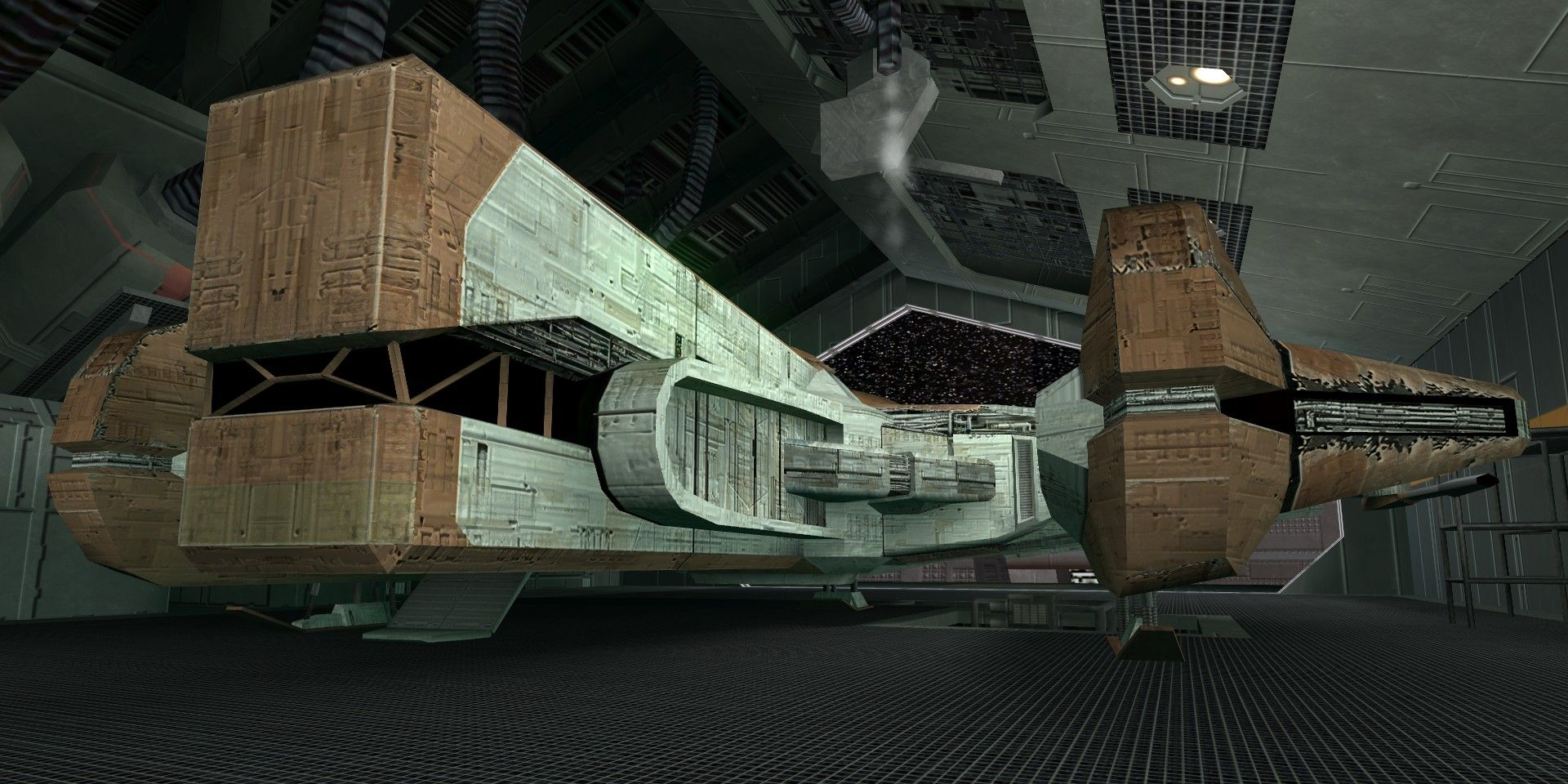 Star Wars: The Ebon Hawk Is the Only Ship With a Wilder History Than the Millennium Falcon