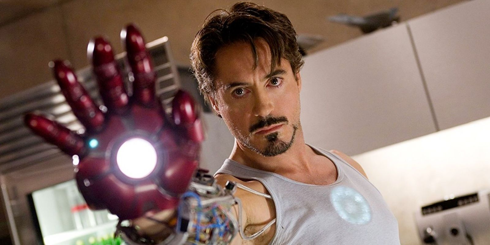 Iron Man Couldn't Win These Key Fights Alone | CBR