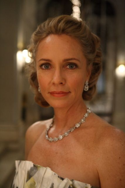 Arrow Adds Susanna Thompson  Cbr-8028