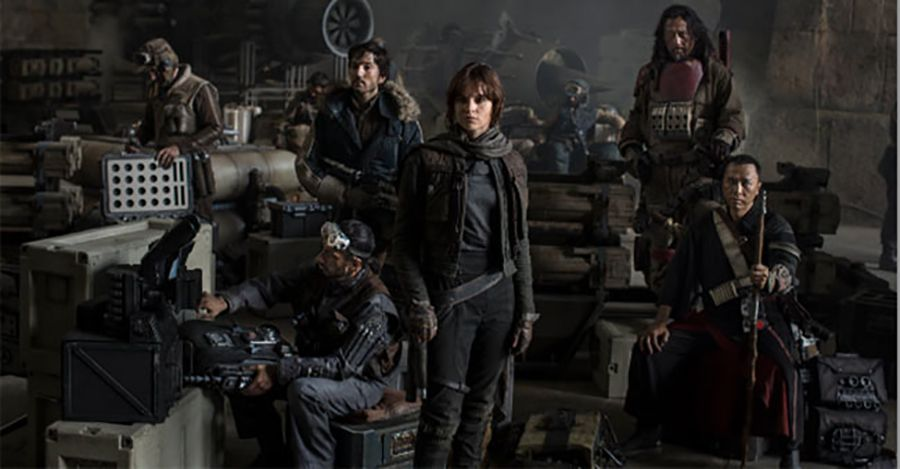 'Star Wars: Rogue One' Kicks off Filming with a Crash Landing in Reported Set Photos