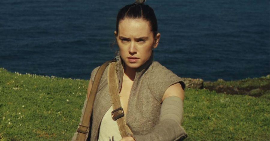 Daisy Ridley Says Luke Is 'So Cool' In 'Star Wars: Episode VIII'